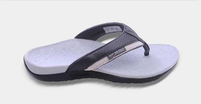 thongs-hover